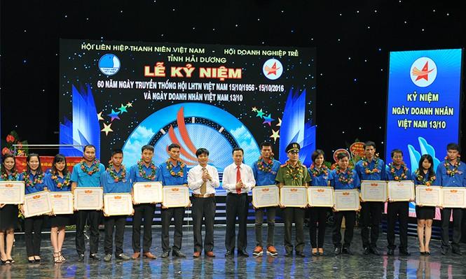 Khen thưởng doanh nhân trẻ tiêu biểu có thành tích trong công tác Hội - ảnh 5