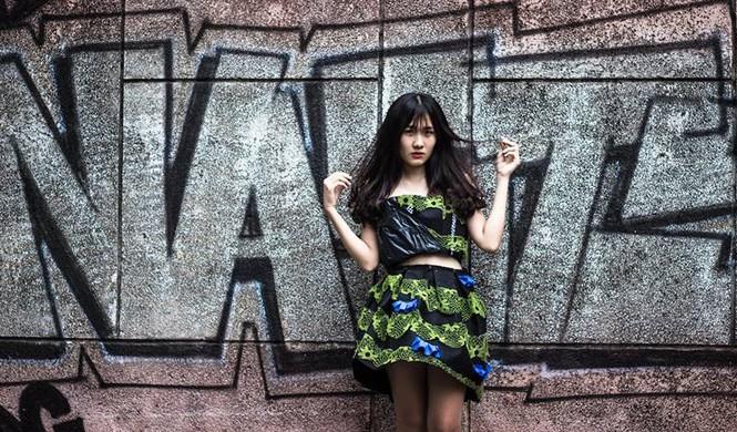 Ngắm bộ sưu tập thời trang làm từ 'rác' của giới trẻ Hà thành - ảnh 1