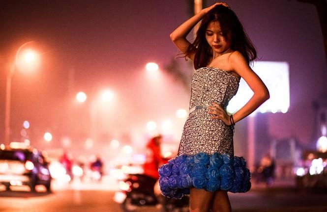 Ngắm bộ sưu tập thời trang làm từ 'rác' của giới trẻ Hà thành - ảnh 4