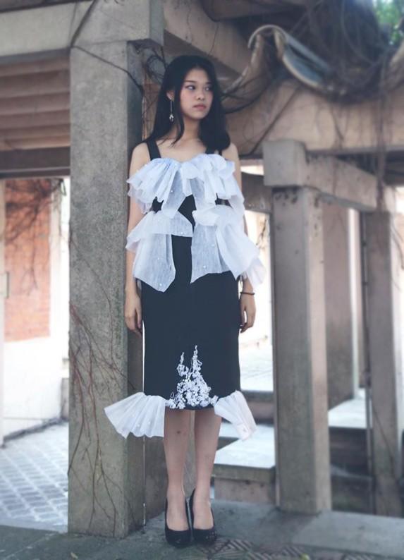 Ngắm bộ sưu tập thời trang làm từ 'rác' của giới trẻ Hà thành - ảnh 9