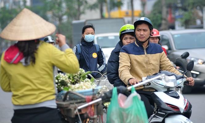 Đường phố Hà Nội ngát hương hoa bưởi - ảnh 3